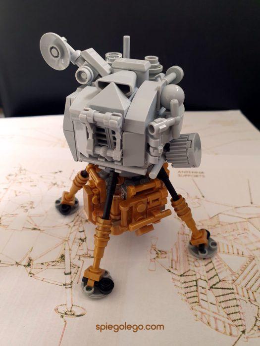 Realizzare una replica in Lego del LEM lunare Apollo 11 è stata una bella sfida!