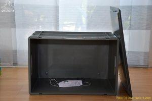 Corona Box leer