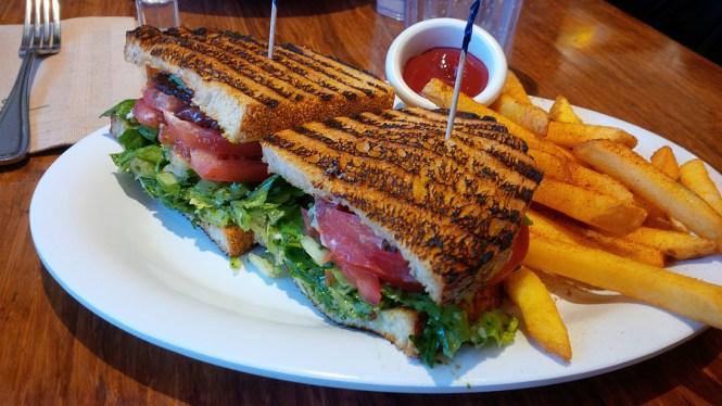 Veggie-Grill-sandwich