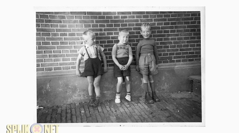 school oude foto