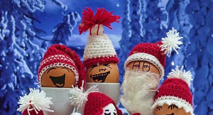 Artikelbild Weihnachtskollektion Häkelmützen