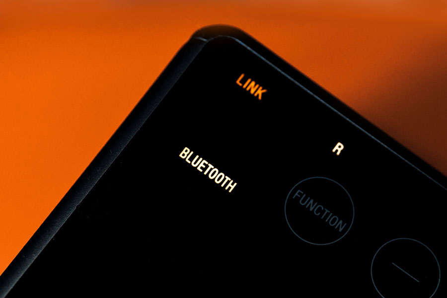 【評測】Sony SRS-ZR5:無痛兼無線 一加一聽 Hi-Res | SPILL