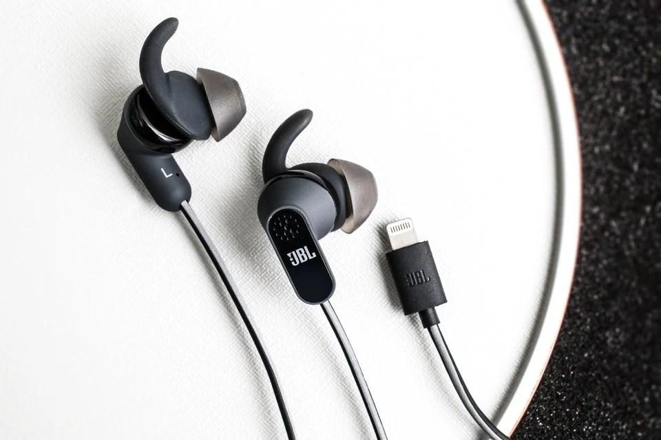 為 iPhone 7 做準備 Lightning 耳機大有作為?   SPILL