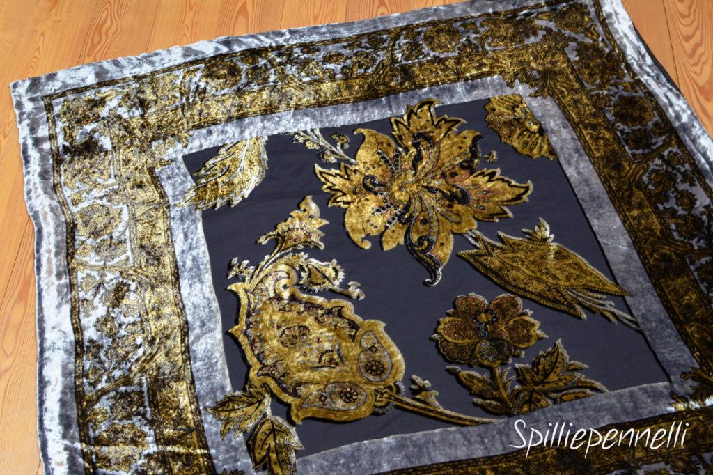 Refashion, foulard