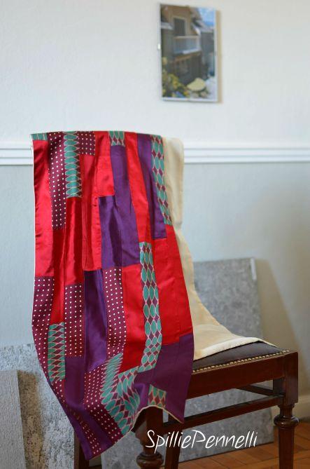 Stola in seta, accessorio glamour