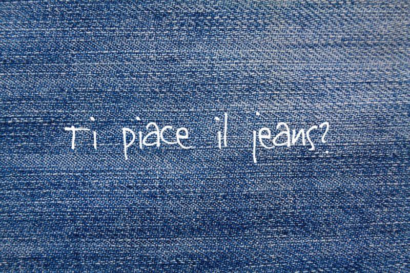 Vecchi jeans? ecco la nuova borsa