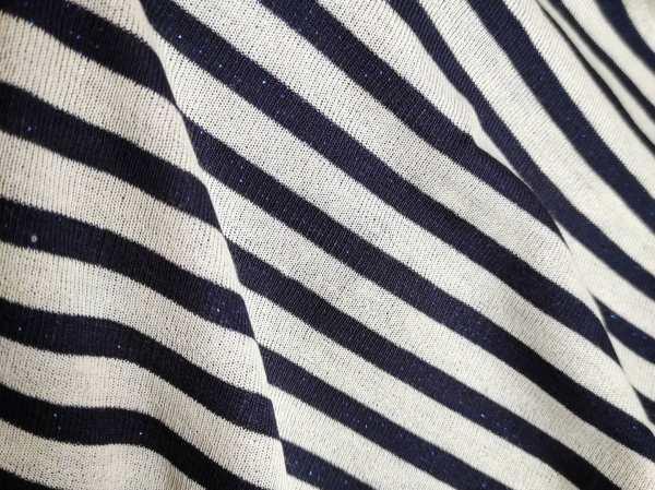 t shirt a righe