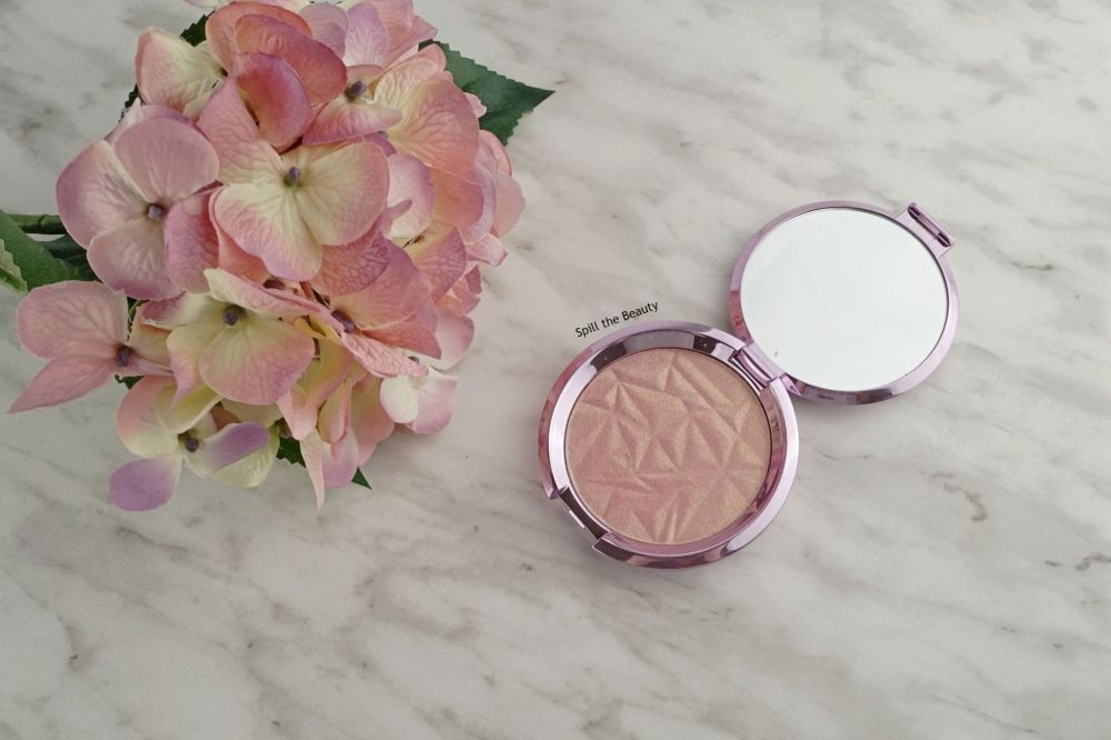 "BECCA Highlighter ""Lilac Geode"" – Review, Swatches and Look"