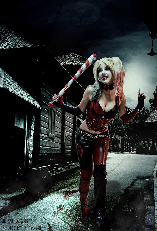 Harley Quinn Cosplay by Shermie