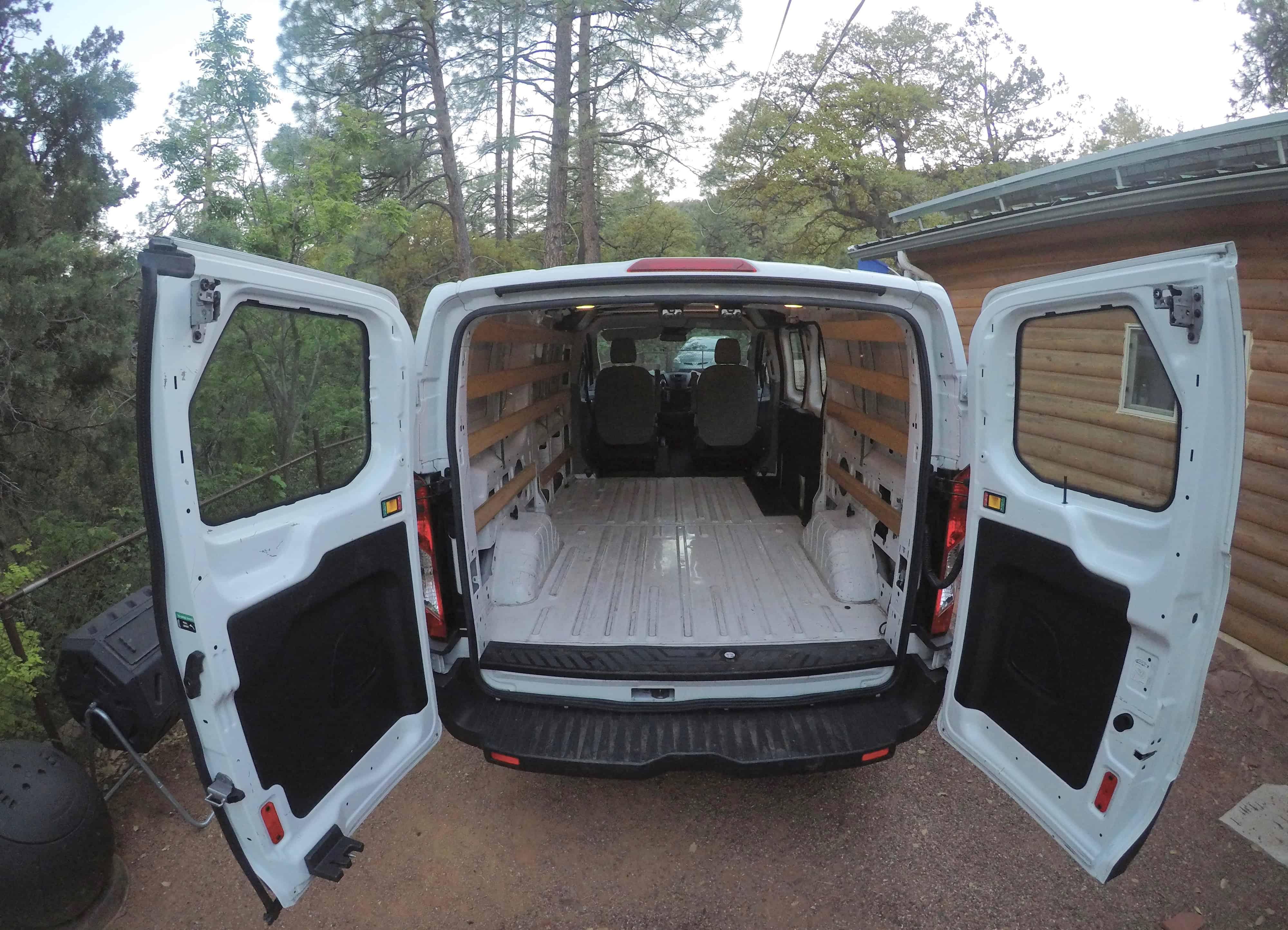 how to live out of a van