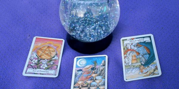 3 card spread by ariel grimm, Five Essential Books of Tarot Fiction by marjorie jensen