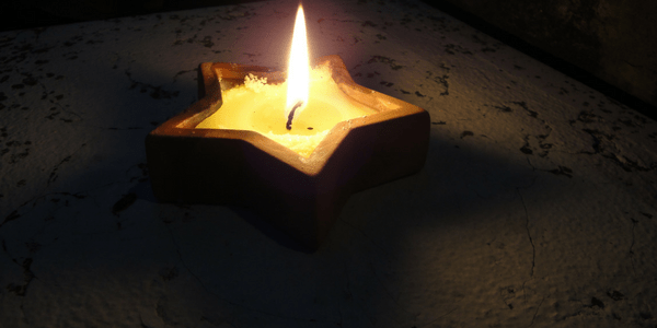 Candle by Giampi-lidweb.it (flickr)
