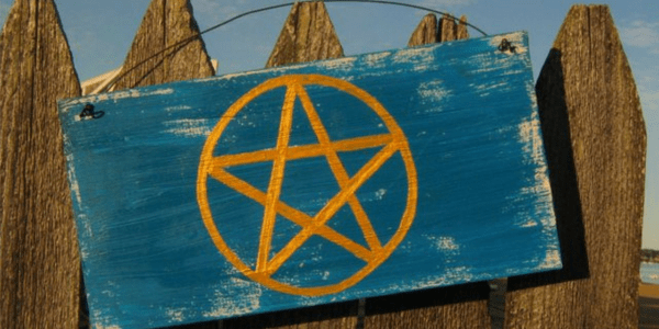Pentagram sign, photo by Capes Treasures