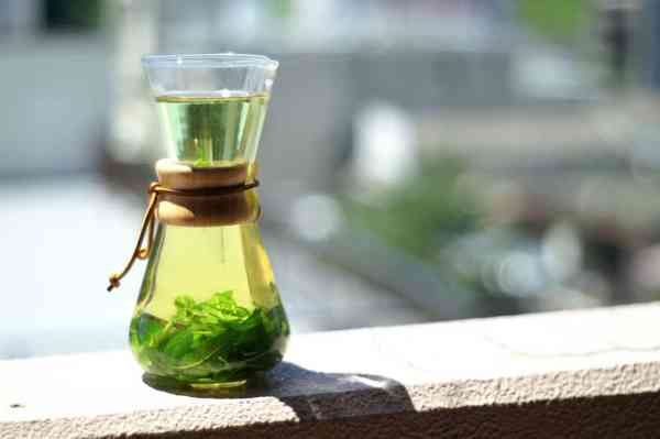 Mint tea, photo by Yoshitomo Oda