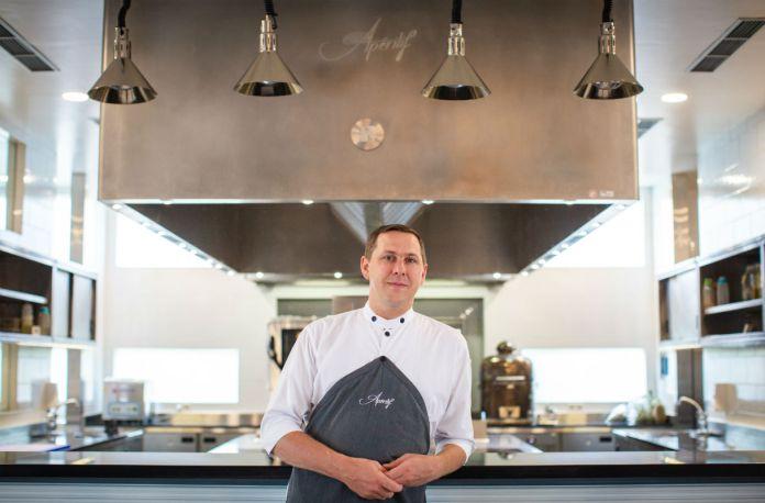 Apéritif Executive Chef Nic Vanderbeeken
