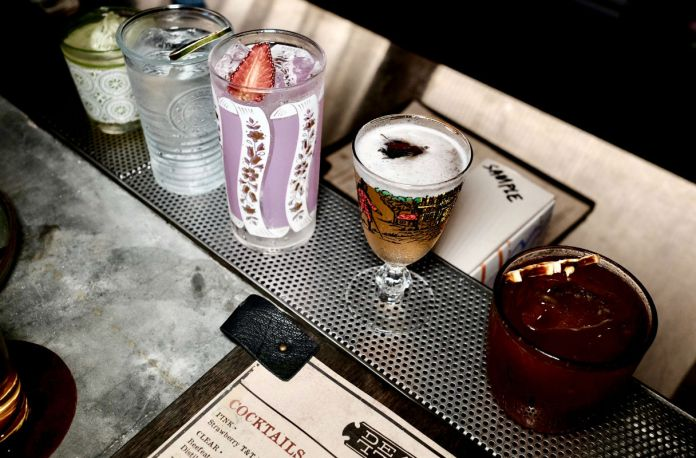 cocktails at Deadfall