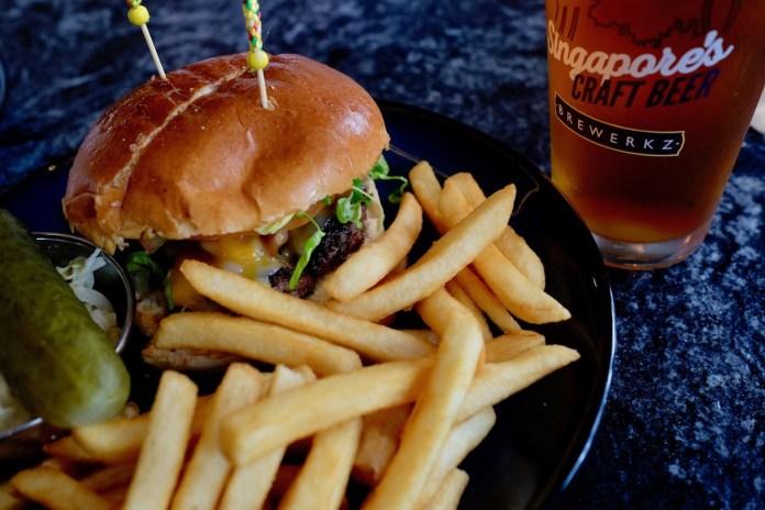Brewerkz One Fullerton Shogun Burger