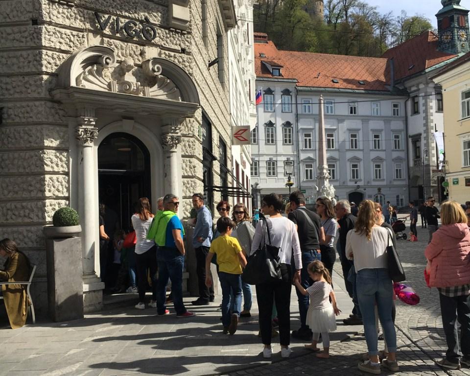 Der Eissalon Vigò im Zentrum von Ljubljana ist sehr beliebt.