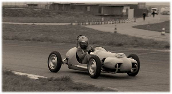 Premiers tours de roues sur circuit