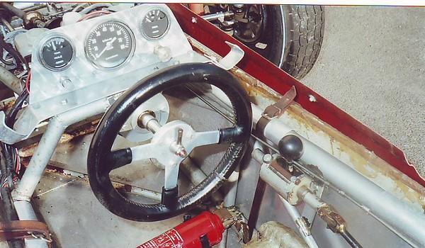 FILTRE     A_F Vee Deb'01 Detail TB Poste Pilotage