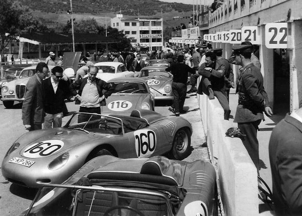 FILTRE 1960 Barth-Hill box.jpg targa