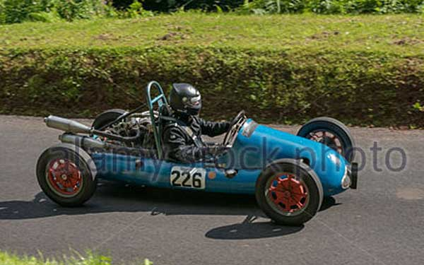 WEB----cooper-mk-7-at-shelsley-walsh-hillclimb-in-worcestershire-england-dxrh29
