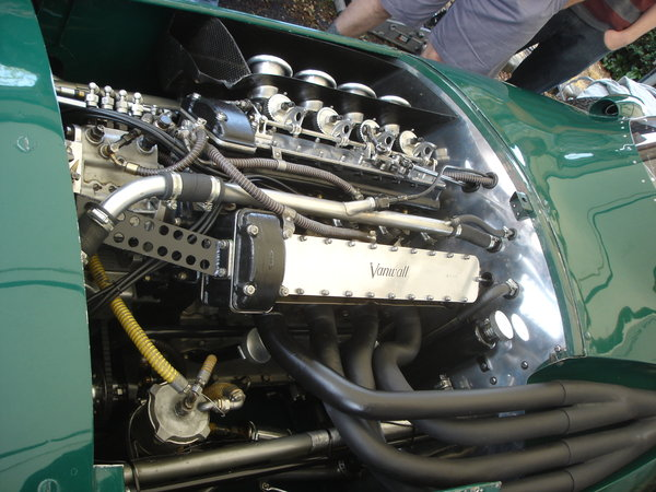 1958_vanwall_engine_by_codenameeternity