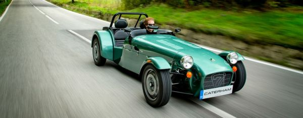 cars-header-main-caterham-seven-165-ii_0