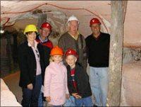 Walkin opal mine outback nsw tour