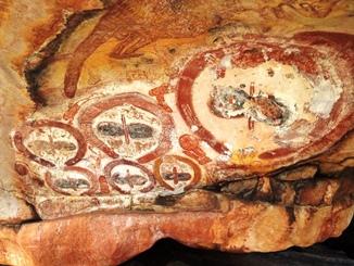 Wandjina Rock art Kimberley Darwin to Broome Mitchell Falls Lake Argyle 12 Day Tour