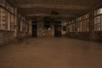 Waverly Hills interior provides fertile ground for feeling paranoid. (photo courtesy of Mike Whye, my fellow MTWA member and ghost tour survivor).