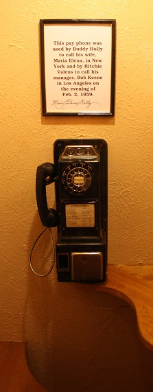 old-fashioned pay phone, musician landmarks, Buddy Holly's last phone call