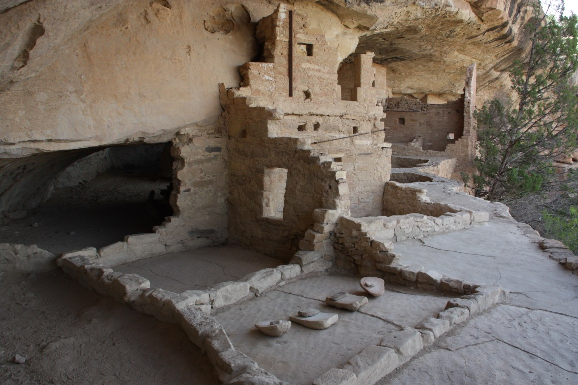 The walls of the cliff dwellings at Mesa Verde are constructed from blocks of sandstone, with mortar made from dirt and water (Bob Sessions photo).
