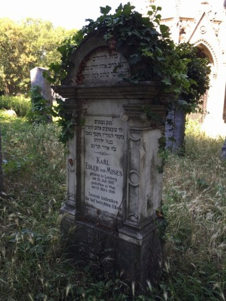 A marker in the Old Jewish section of the Central Cemetery of Vienna. (Lori Erickson photo)