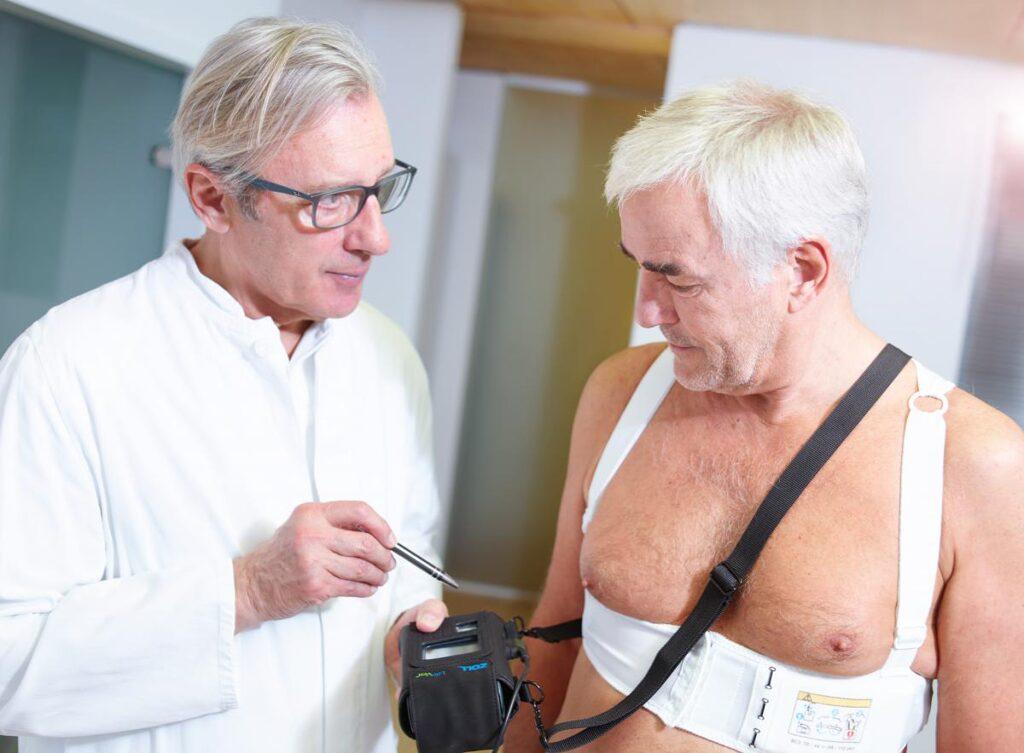 Eine Rettungsweste gegen bsartige Herzschlge  Spital Uster
