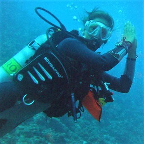 Photo of Ellis diving