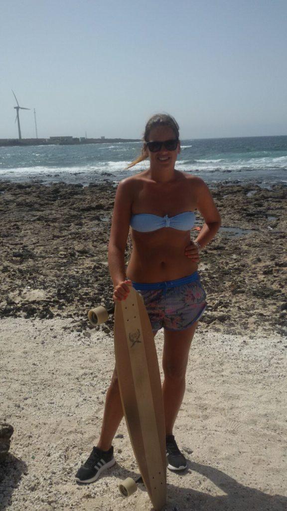 I learn skateboarding in Corralejo