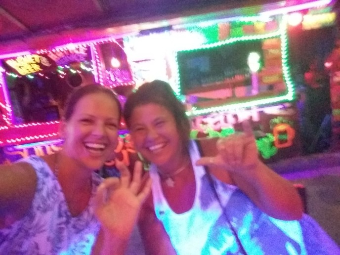 Catching up in the bananabar on the Phi Phi Islands,