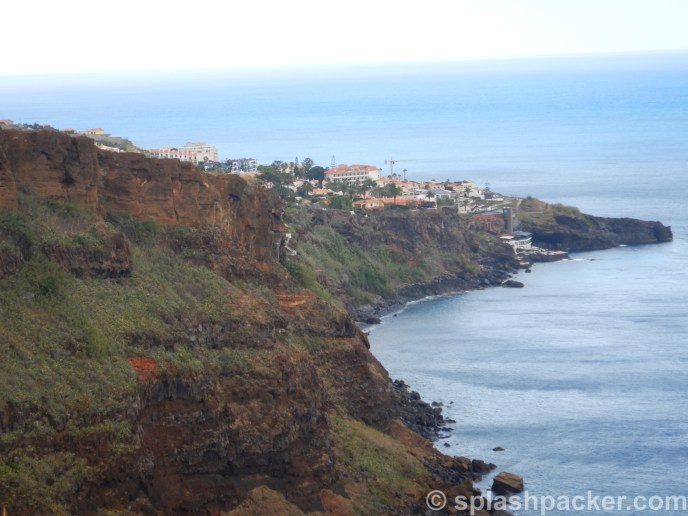 Splashpacker travel blog: Cristo Rey Viewpoint at Ponta do Garajau on Madeira Island