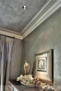 Beautiful silver metallic wallpaper with ceiling ...