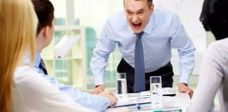 Ways To 'Seduce' Your Boss In The Office