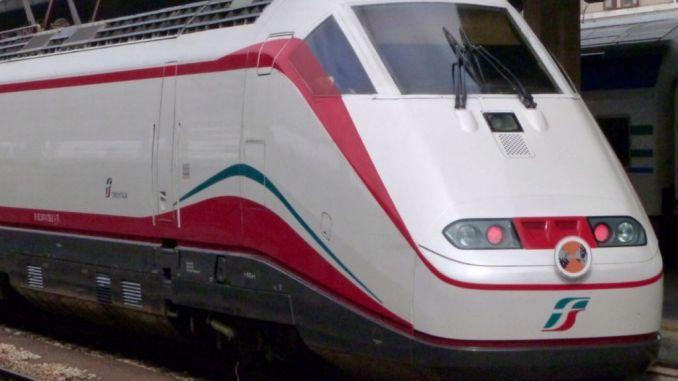 Stazione di Spoleto arriva il Frecciabianca Roma Ravenna e farà fermata