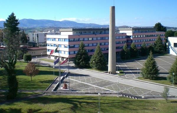 Scuola Polizia di Spoleto, riprendono i corsi di formazione per oltre settemila poliziotti