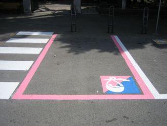 Parcheggi rosa al consultorio familiare e all'ospedale