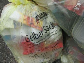 Raccolti dieci grandi sacchi di rifiuti a Pontebari Si tratta di Spoleto raccolta che è giunta alla sua quarta edizione