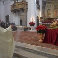 Spoleto, solenne pontificale di Natale in Duomo, celebrata dall'arcivescovo
