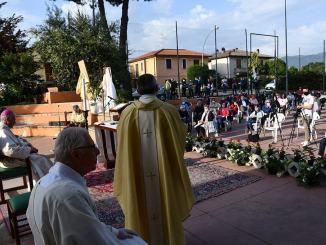 La prima messa di Monsignor Boccardo con i fedeli