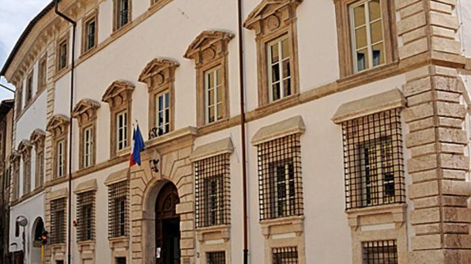 Spoleto, dipendente comunale positivo al Covid-19, Palazzo Mauri chiuso