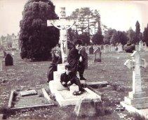 Gothics auf dem Friedhof