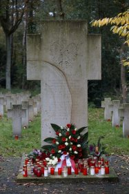 Waldfriedhof Lauheide - Grablichter